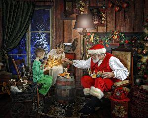 Making Magic Toys with Santa at Shine Photo