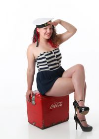 Pin Up - Ahoy